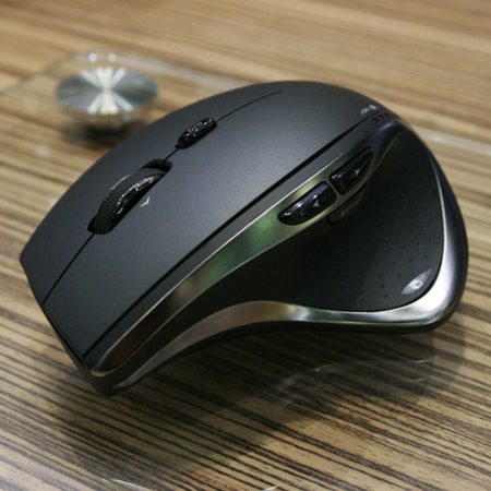 Logitech's Darkfield Mice