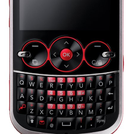 LG GW300 low-end QWERTY candybar phone announced