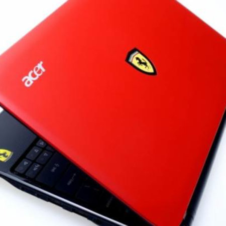 Acer Ferrari One netbook races on to the scene