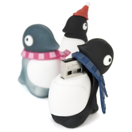 Firebox offers penguin flash drives