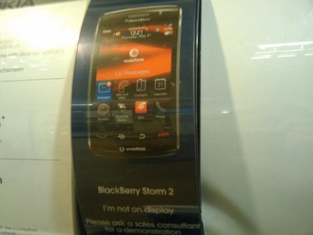 BlackBerry Storm 2 on Vodafone via Carphone Warehouse coming soon