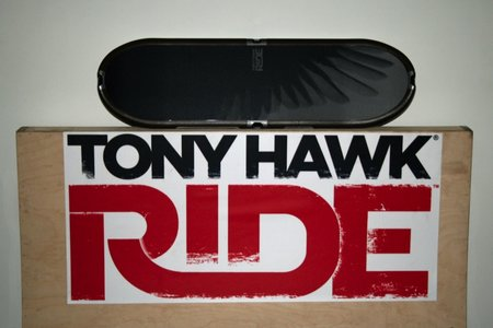 Tony Hawk: RIDE skateboard controller
