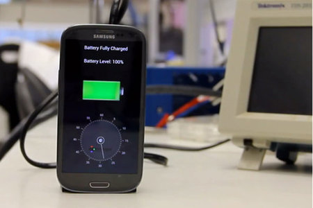 Charge your mobile phone in 30 seconds using a StoreDot £20 charger