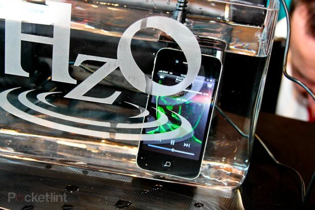 Samsung and Apple looking at new waterproof smartphone tech. CES2012, Phones, Samsung, Apple, HZO 0
