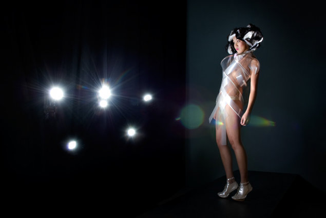 High-tech dress turns transparent when horny. Fashion, Clothes 2