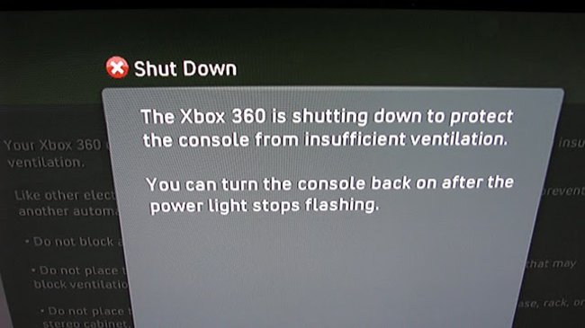 Xbox 360 red rings of death replaced with red eye of doom - photo 3