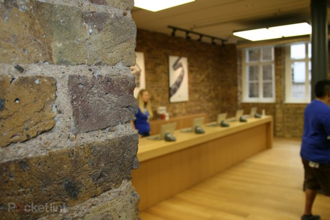 "Inside Apple's ""best ever"" store at Covent Garden - photo 9"