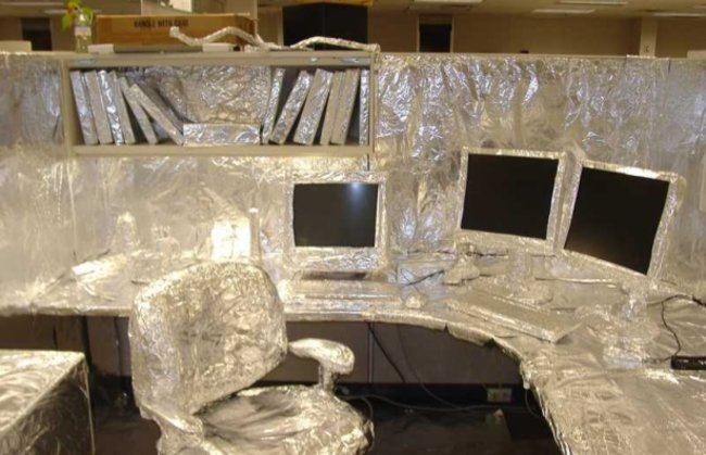 10 best office pranks for geeks  - photo 1