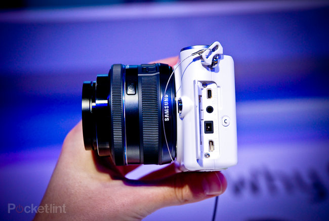 Samsung NX100 hands on - photo 7