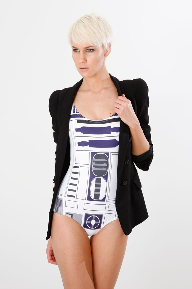 Look Leia, R2-D2 can be sexy too - photo 4