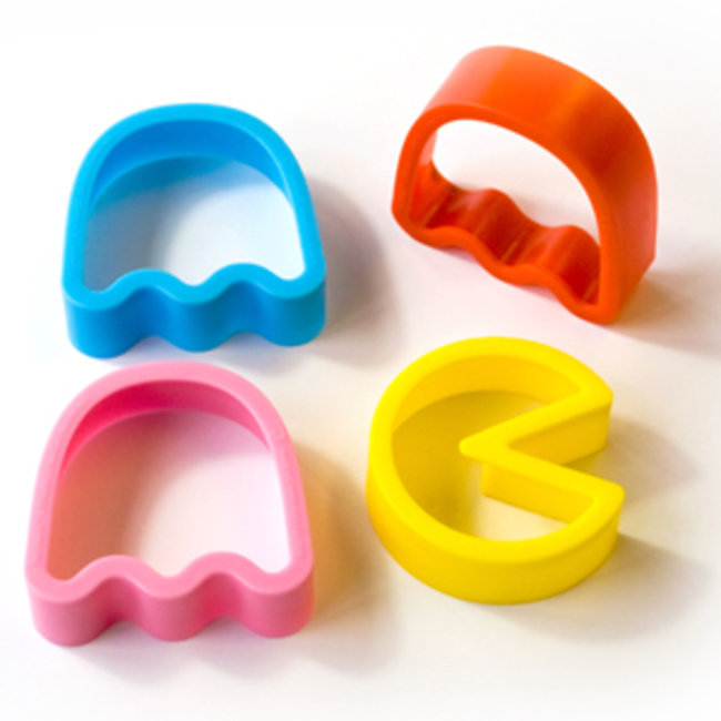 Pac Man cookie cutters make ghosts to munch on - photo 1