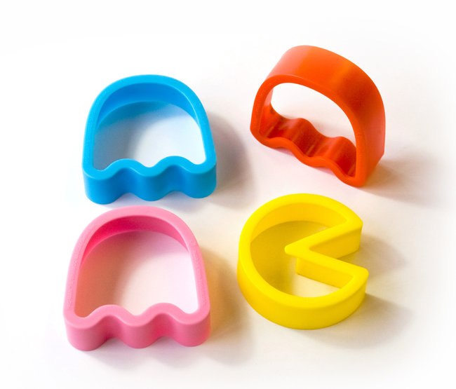 Pac Man cookie cutters make ghosts to munch on - photo 3