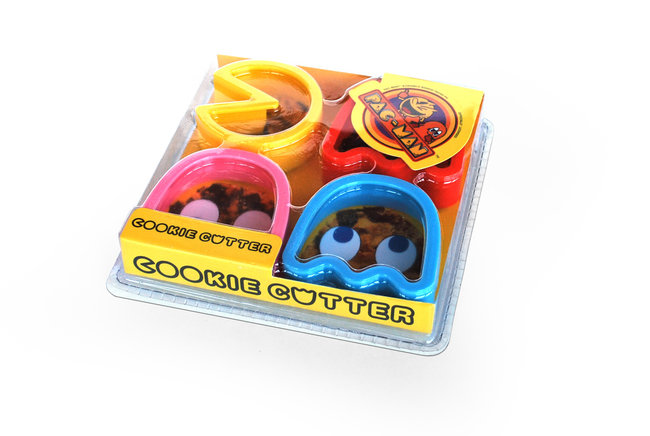 Pac Man cookie cutters make ghosts to munch on - photo 7