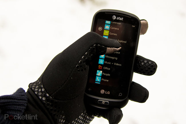 North Face Etip gloves hands-on - photo 2