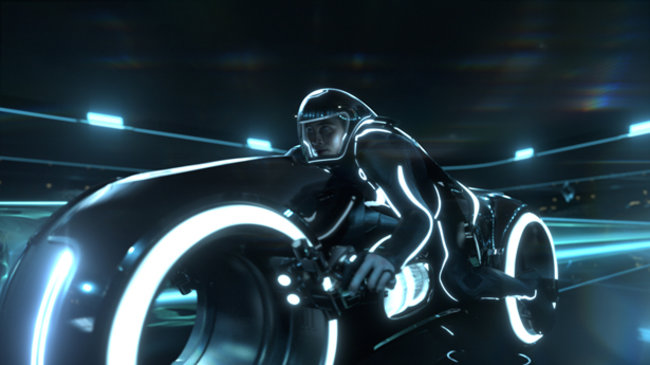Tron: Legacy - photos, ladies and lightcycles - photo 2