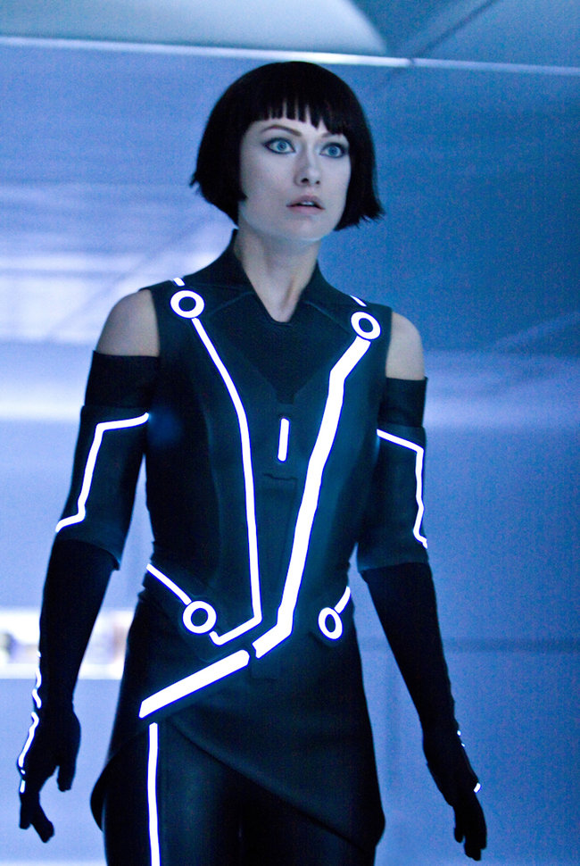 Tron: Legacy - photos, ladies and lightcycles - photo 7