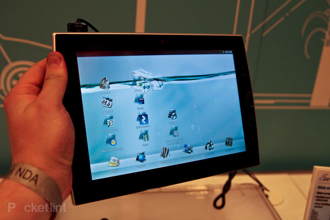 Asus Eee Pad Slider pictures and hands-on - photo 8