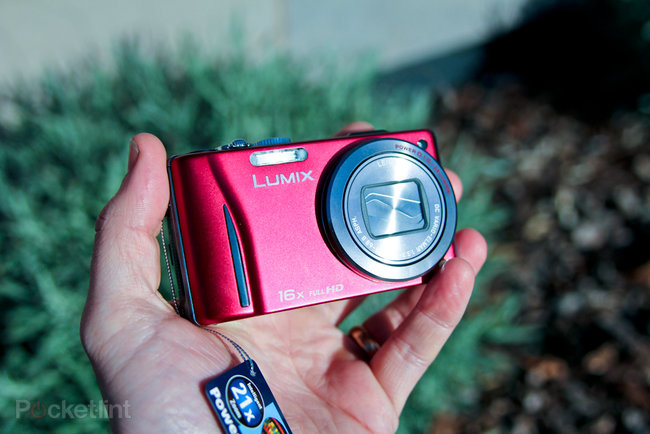 Panasonic Lumix DMC-TZ20 hands-on - photo 2