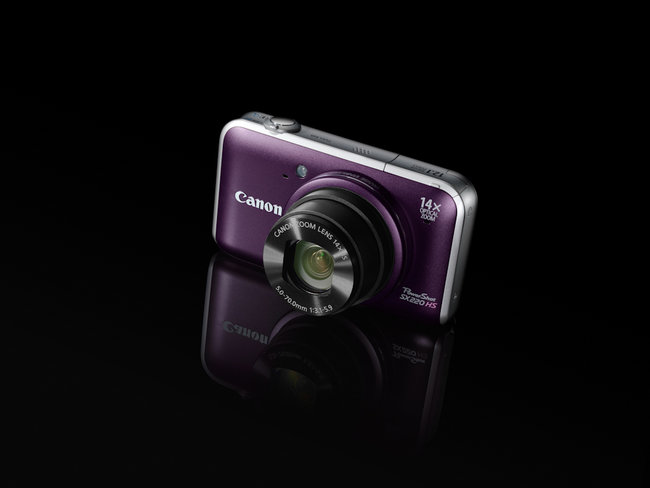 Canon PowerShot fires in two compact super-zooms - photo 3