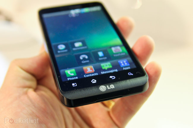 LG Revolution hands-on - photo 3