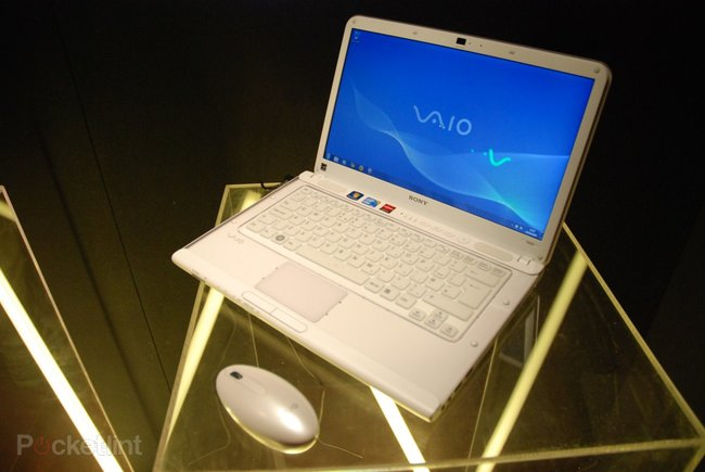 Sony Vaio C series hands-on - photo 2