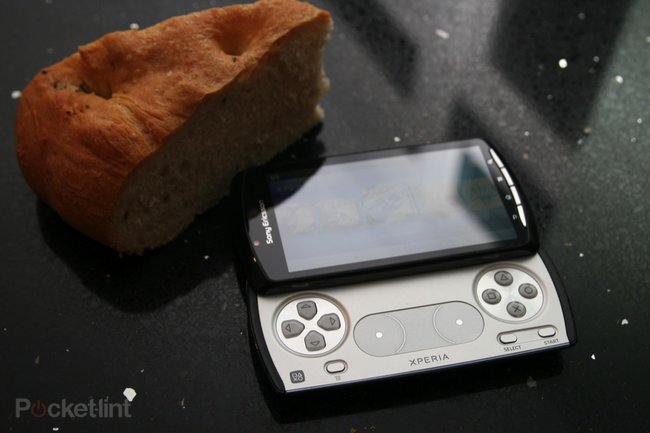 6 hrs 26 mins and 43 secs with the Xperia Play   - photo 4
