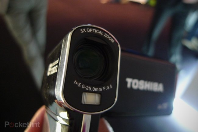 Toshiba Camileo P100 hands-on - photo 6