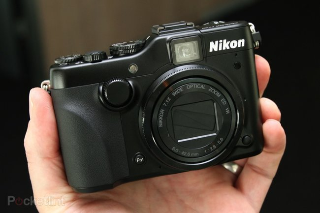 Nikon Coolpix P7100 pictures and hands-on - photo 2