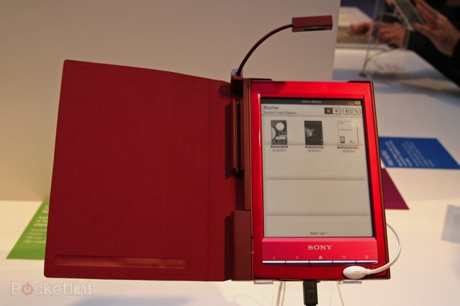 Sony Reader Wi-Fi pictures and hands-on - photo 12