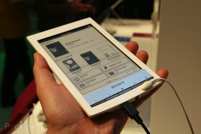 Sony Reader Wi-Fi pictures and hands-on - photo 2