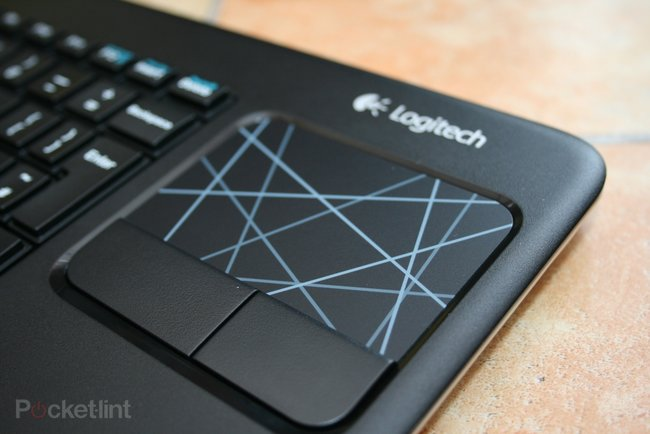Logitech Wireless Touch Keyboard K400 pictures and hands-on - photo 7