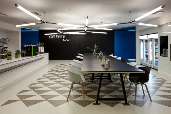Inside Google London: A park, a coffee lab and nightclub-style meeting rooms - photo 21