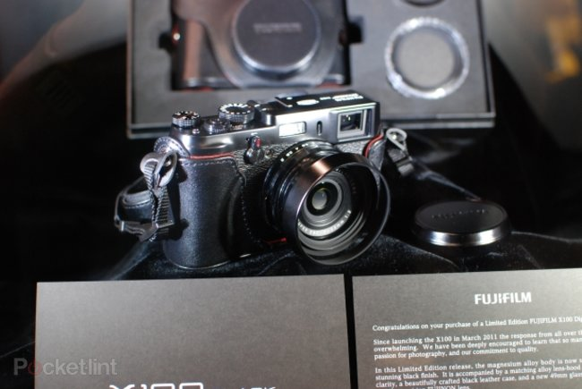 Fujifilm X100 Black pictures and hands-on - photo 1