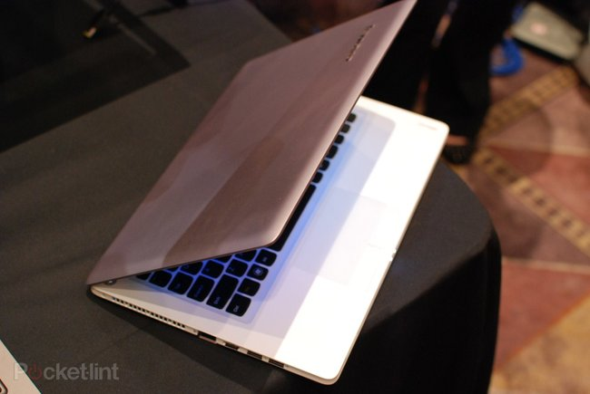 Lenovo IdeaPad U310 and U410 Ultrabooks pictures and hands-on - photo 12
