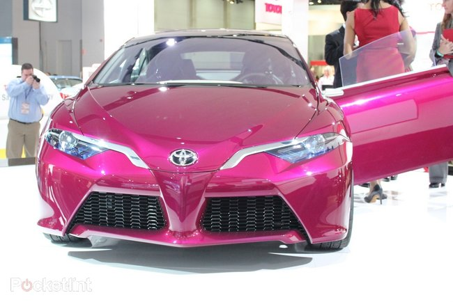 Toyota NS4 pictures and hands-on - photo 4