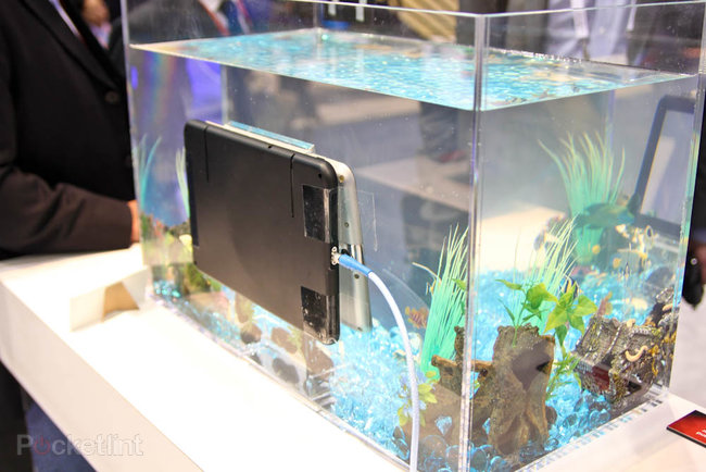Toshiba waterproof tablet with wireless power concept demoed at CES - photo 2
