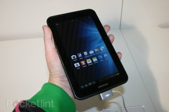 Samsung Galaxy Tab 2 vs Samsung Galaxy Tab 7.7 - photo 4