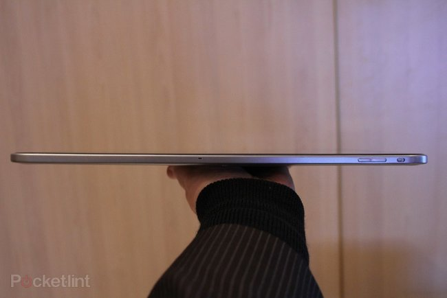 Toshiba 13.3-inch Tegra 3 tablet concept pictures and hands-on - photo 13