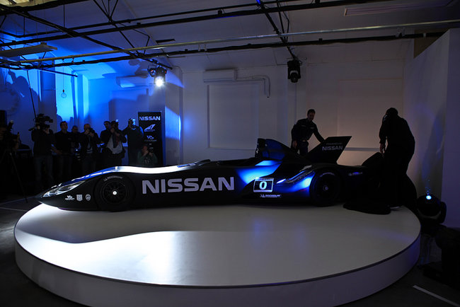 Nissan DeltaWing Le Mans entrant looks more like Batmobile - photo 26