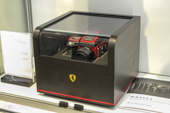 Hasselblad H4D Ferrari edition pictures and hands-on - photo 3