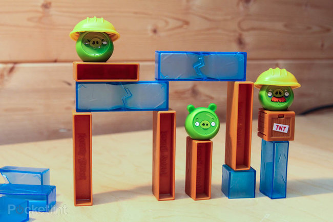 Angry Birds On Thin Ice pictures and hands-on - photo 8