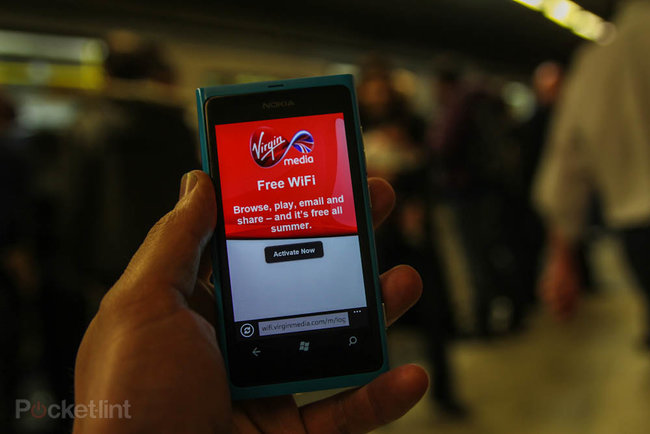 Virgin Media Wi-Fi on the London Underground hands-on - photo 2