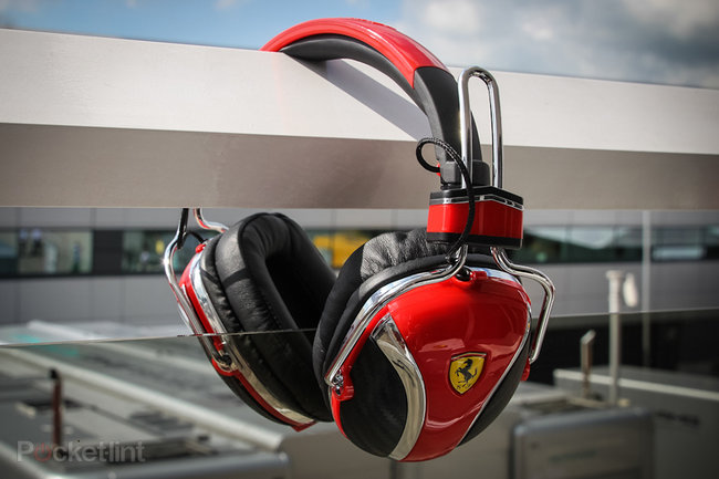 Hands-on: Ferrari by Logic3 P200 review - photo 1