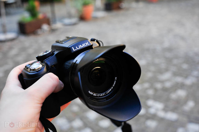 Hands-on: Panasonic Lumix DMC-FZ200 review - photo 3