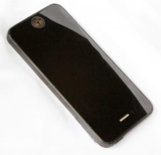 New iPhone 5 pictures leaked, full phone this time - confirm longer screen - photo 3