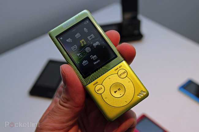 Sony Walkman E470 brings a touch of colour to your audio experience - photo 3