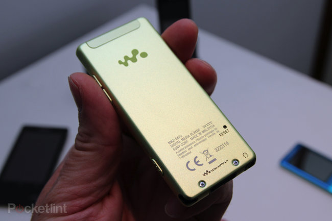 Sony Walkman E470 brings a touch of colour to your audio experience - photo 9