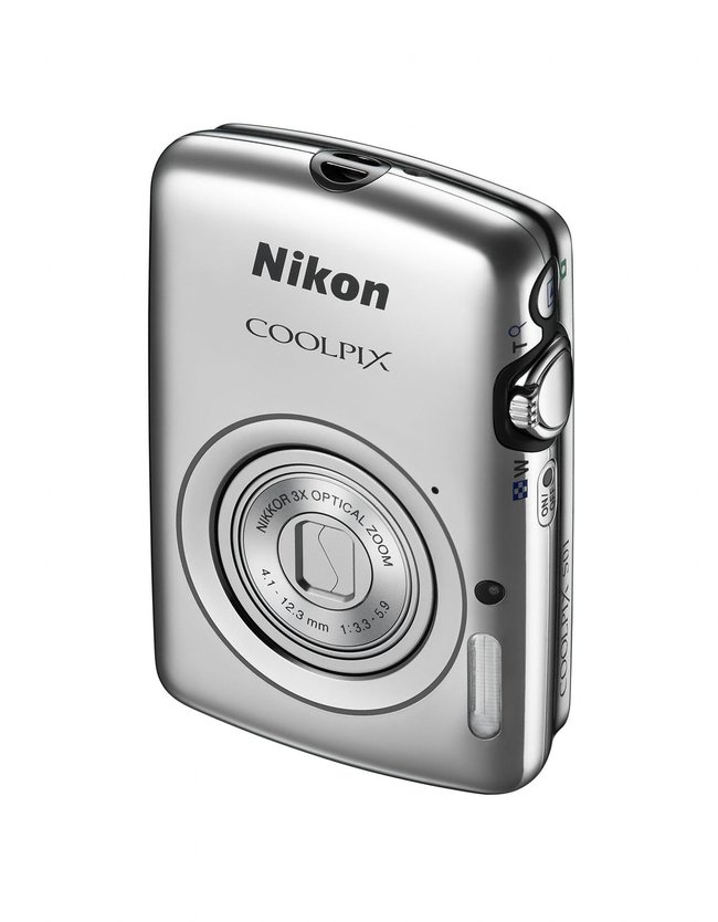 Nikon Coolpix S01: The mini compact camera smaller than your phone - photo 8