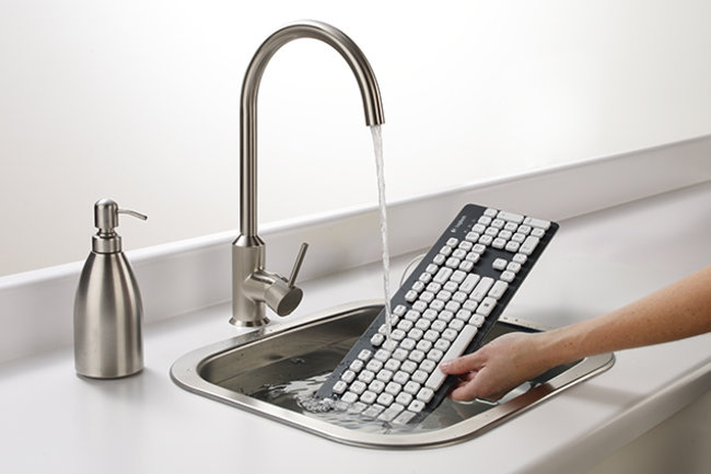 Logitech Washable Keyboard K310: Now you can rinse off your mess - photo 1