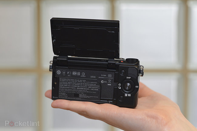 Sony NEX-5R pictures and hands-on  - photo 5